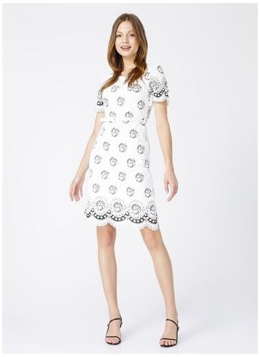 Selen Selen Beyaz Emprime Desen Bisiklet YakaKadın Elbise Beyaz